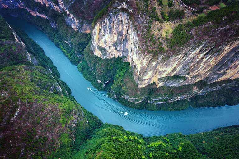 Middle Reaches of Yangtze River - Three Gorges