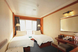 Standard Suite on Yangtze River Cruise Ship