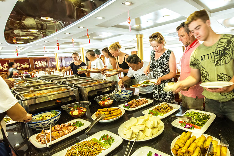 Food Service on Changjiang Cruises