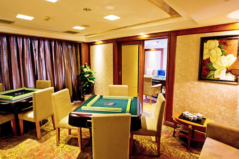 Play Mahjong on President Cruises