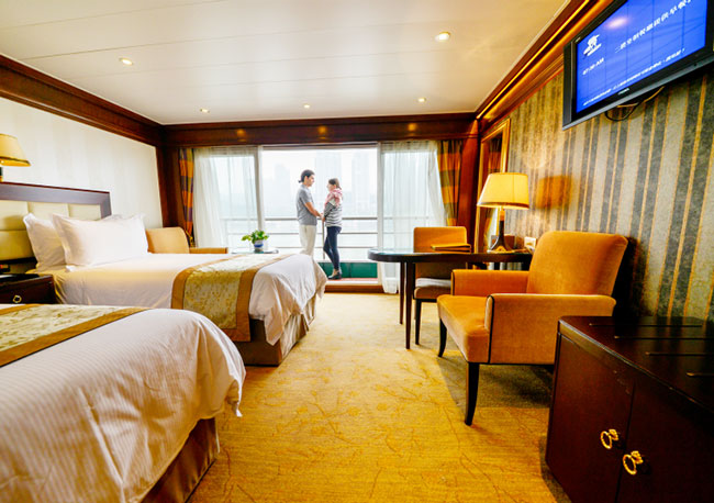 Executive Cabin of Victoria Cruises
