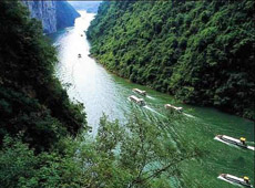 Experience Cruise Tour in Shennv Stream