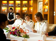 Business Service on Yangtze Cruise