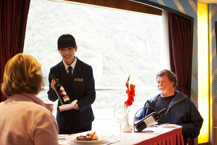 Yangtze River Cruise Drinks - Dining Service